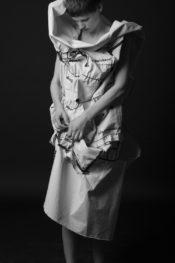 Photo: Thekla Arens. Model: Saskia de Brauw.